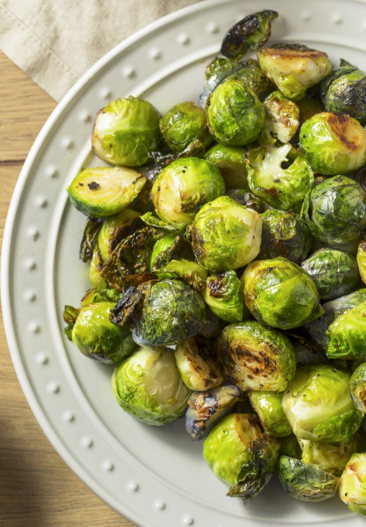 How To Make Crispy Roasted Brussels Sprouts With Garlic & Oil