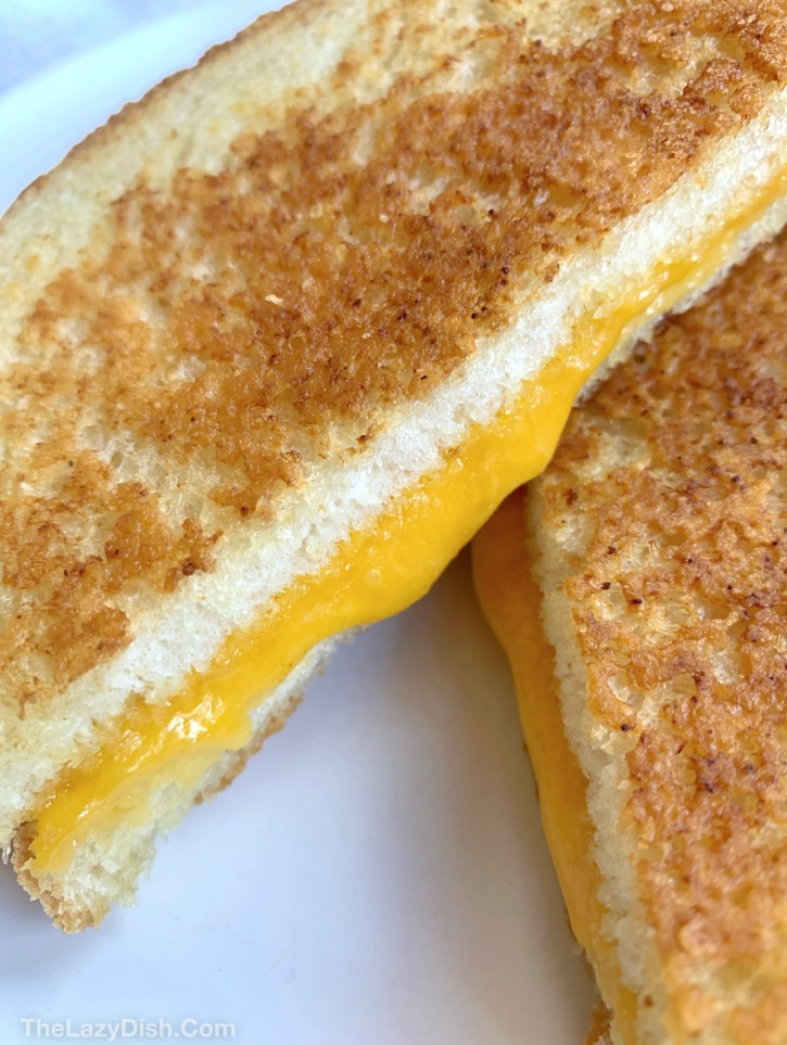 How to make the BEST grilled cheese sandwich! Tips, tricks and methods on how to get it perfect every time.